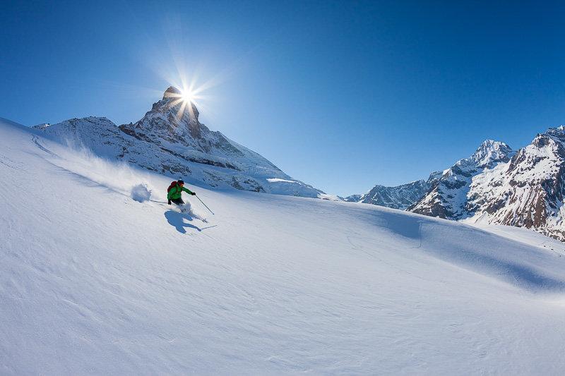 Abfahrt vom Hörnligrat, Matterhorngletscher - © Iris Kuerschner | powerpress.ch