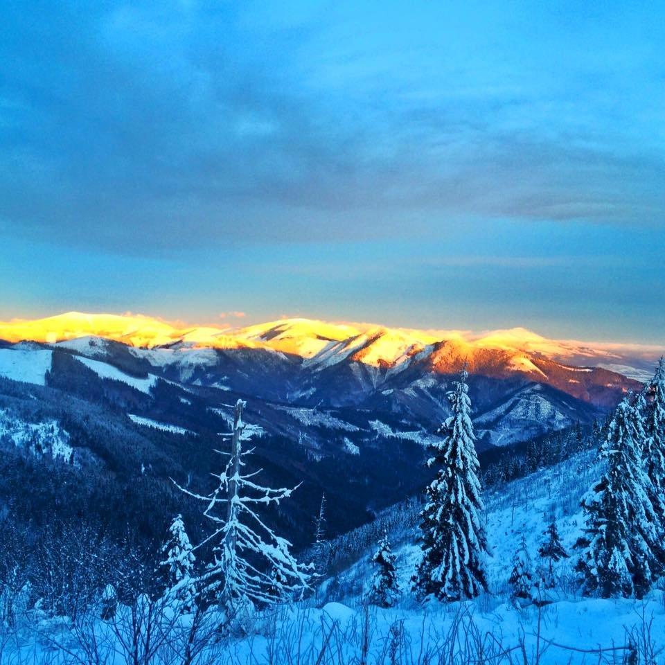 Sunset in Čertovica Pass, Slovakia (Jan 17, 2016) - © FB Čertovica (Čertova svadba)