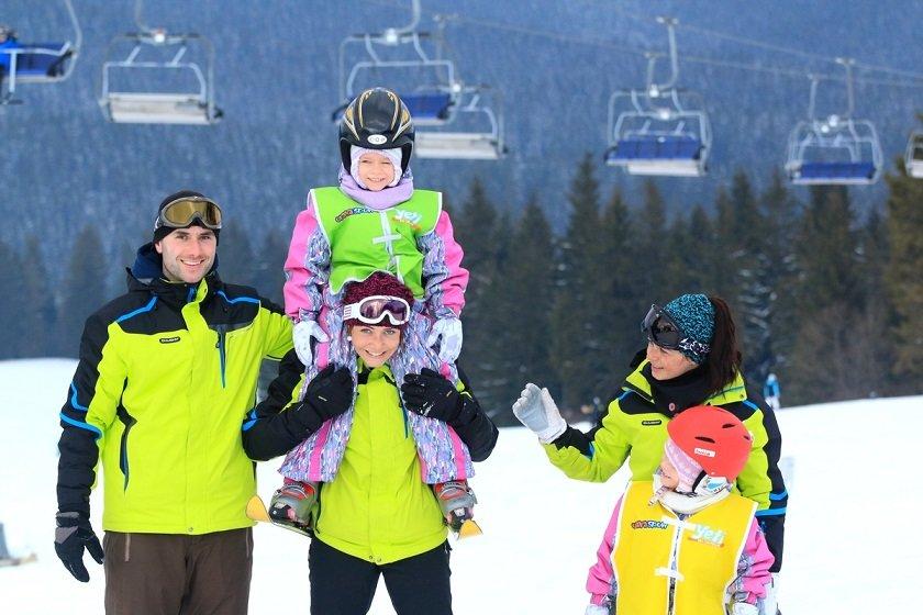 Orava Snow Oravská Lesná - Individuálne aj skupinové lekcie lyžovania dávajú skúsení lyžiarski inštruktori dospelým aj deťom už od 3 rokov. - © Ski Orava Snow