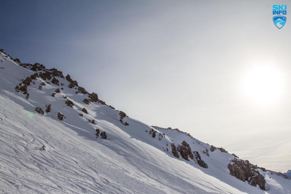 Tiefschneeabfahrt vom Schindlerkar | Skifahren in St. Anton - © Skiinfo
