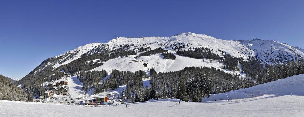 Panorama Skigebiet Hochfügen - © Wörgötter