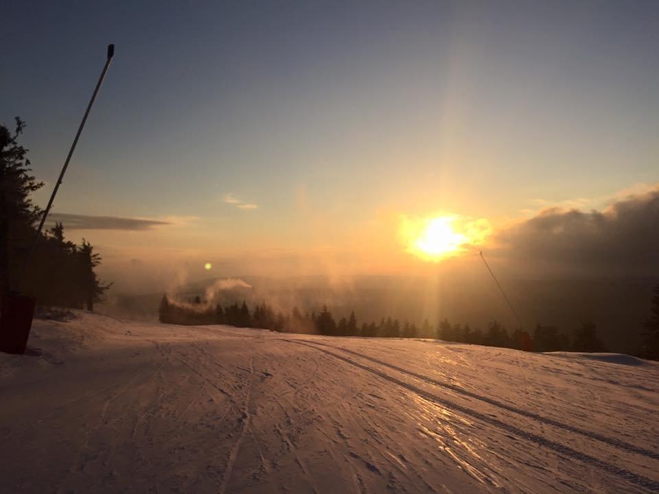 Západ slunce na Klínovci 25.2.2016 - © facebook Klínovec