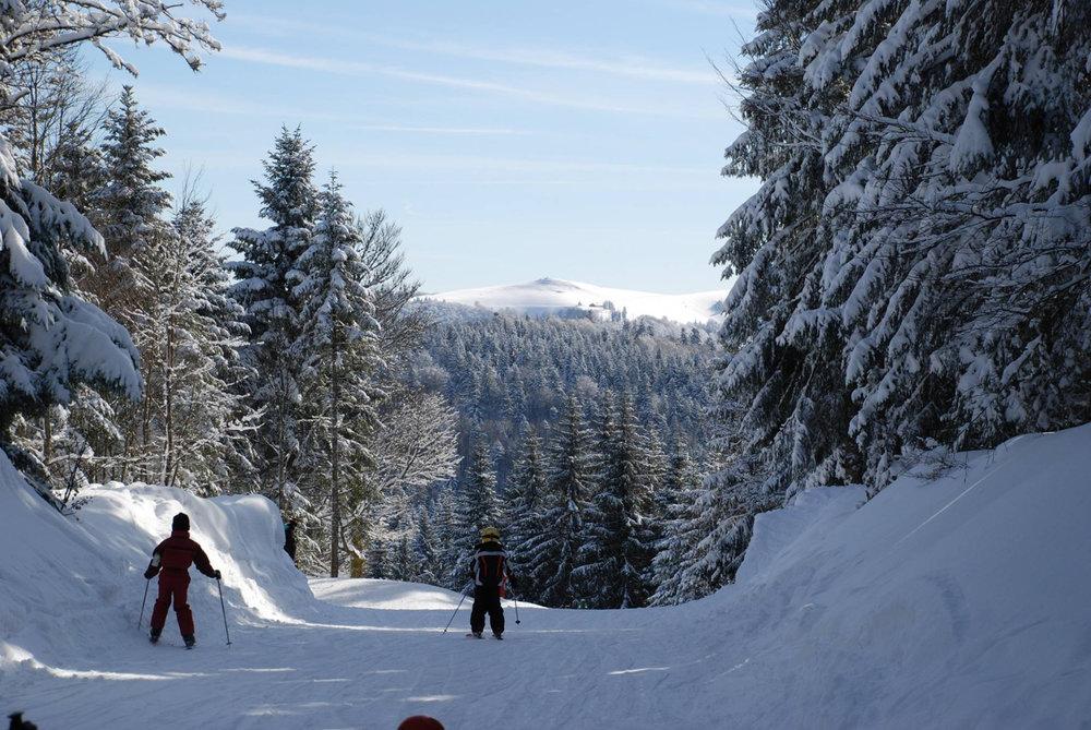 Les joies de la glisse sur le domaine skiable de ventron - © Station de Ventron / Ermitage Resort