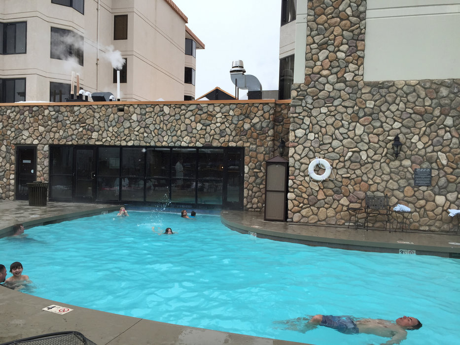The Grand Lodge pool is the place to be at Crested Butte. - ©Krista Crabtree