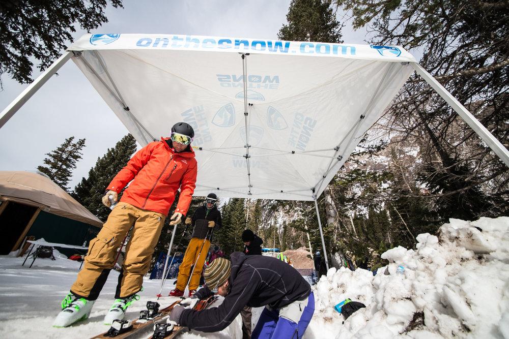 We love our Ski Test binding techs! - ©Liam Doran