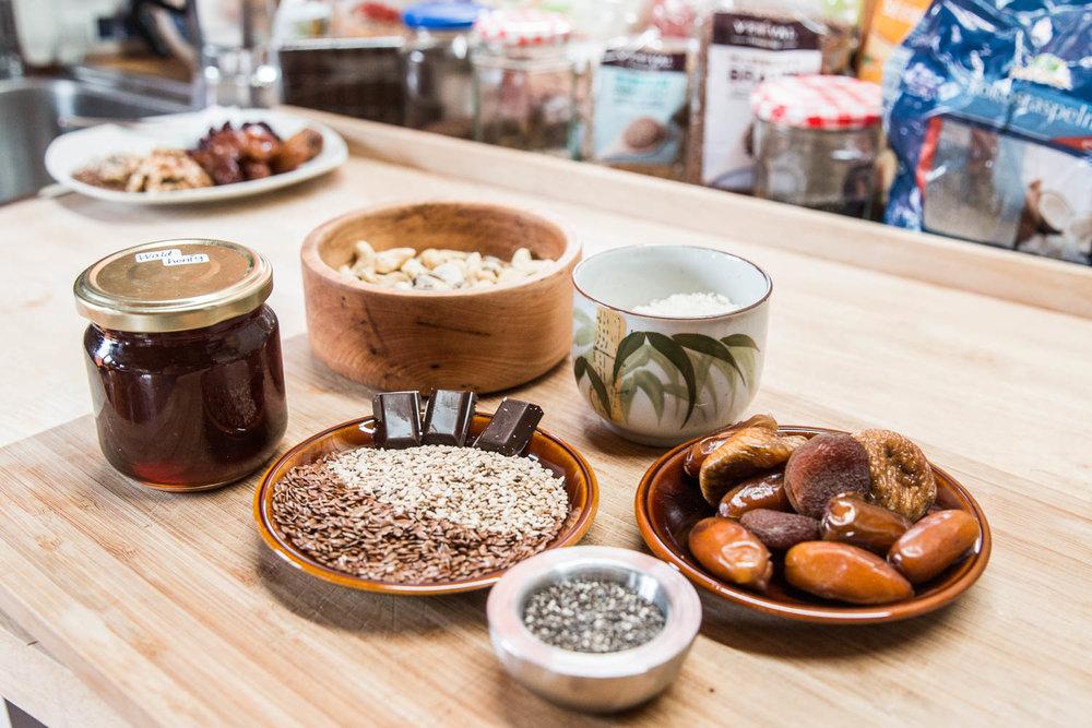 Zutaten für Cranberry-Kokos-Müsliriegel - ©Erika Spengler