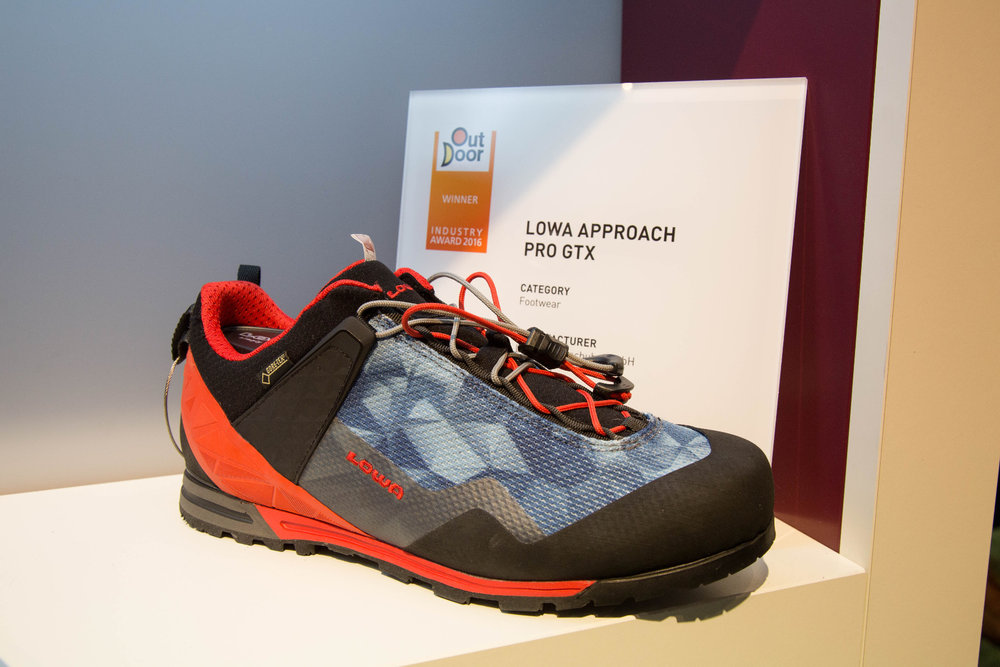 Der LOWA Approach Pro GTX erhielt einen OutDoor Industry Award - ©Bergleben.de