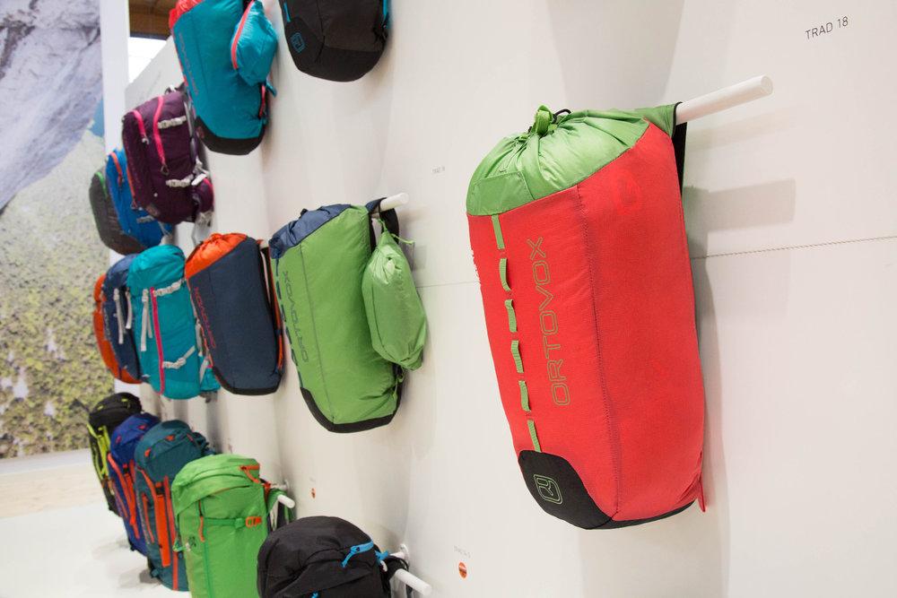 Minimalistisch und sehr leicht: Der neue Kletterrucksack Trad 18 von Ortovox - ©Bergleben.de