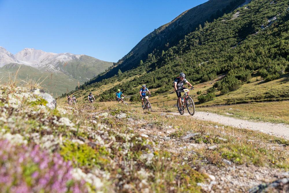Als grösster Mountainbike-Event Graubündens lockt der Nationalpark Bike-Marathon jährlich bis zu 2'000 Teilnehmerinnen und Teilnehmer an - ©© Dominik Täuber