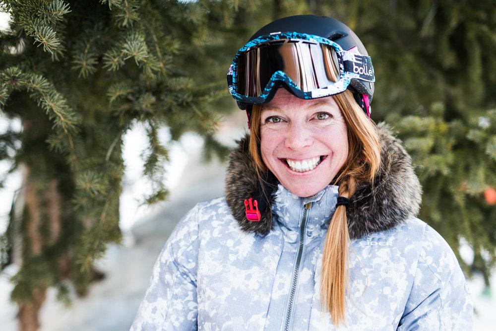 Jill Johnson (41) er sertifisert skiinstruktør og var tidligere på det amerikanske landslaget i kulekjøring. - © Liam Doran