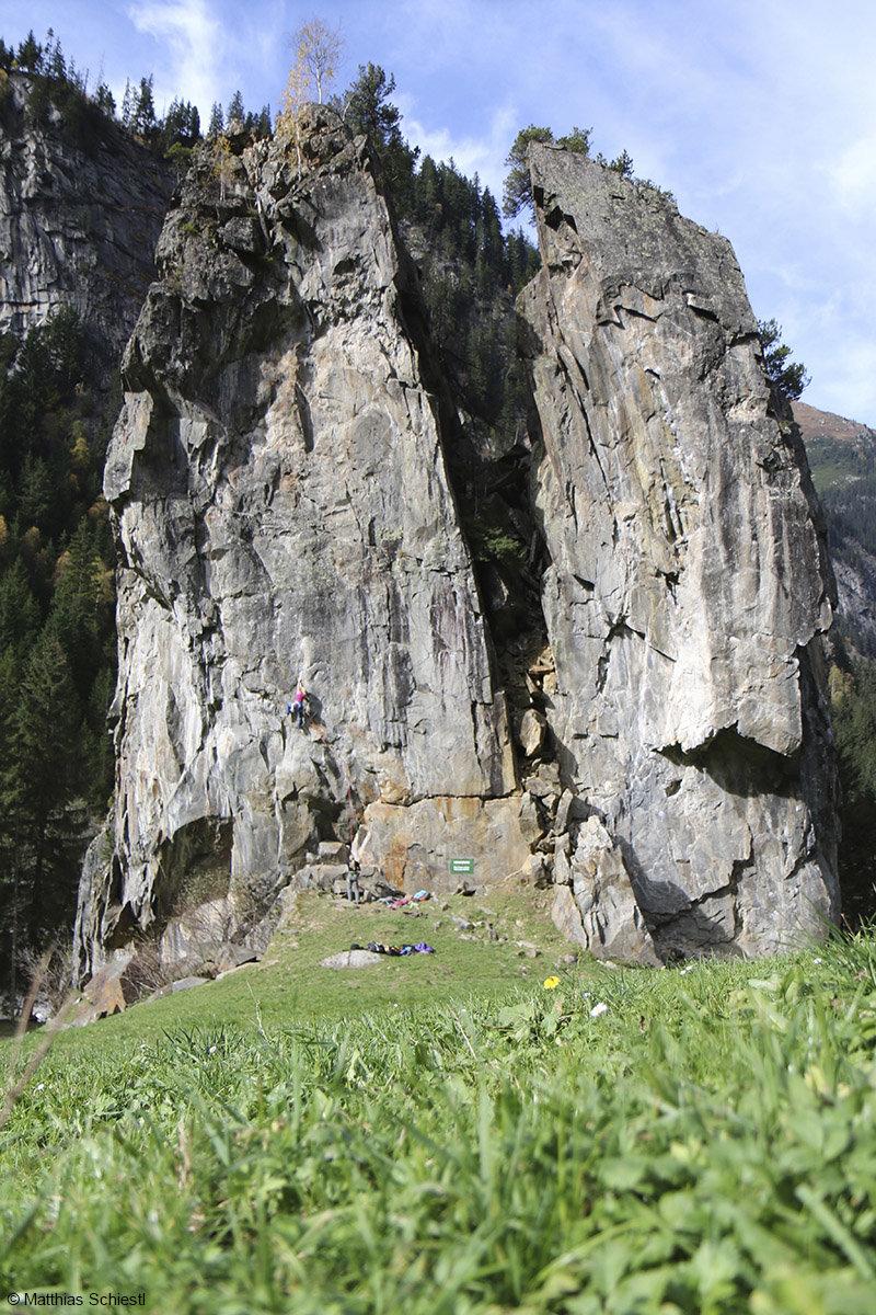 In den ewigen Jagdgründen gibt es einzigartige Fels- und Griffformen - © Matthias Schiestl
