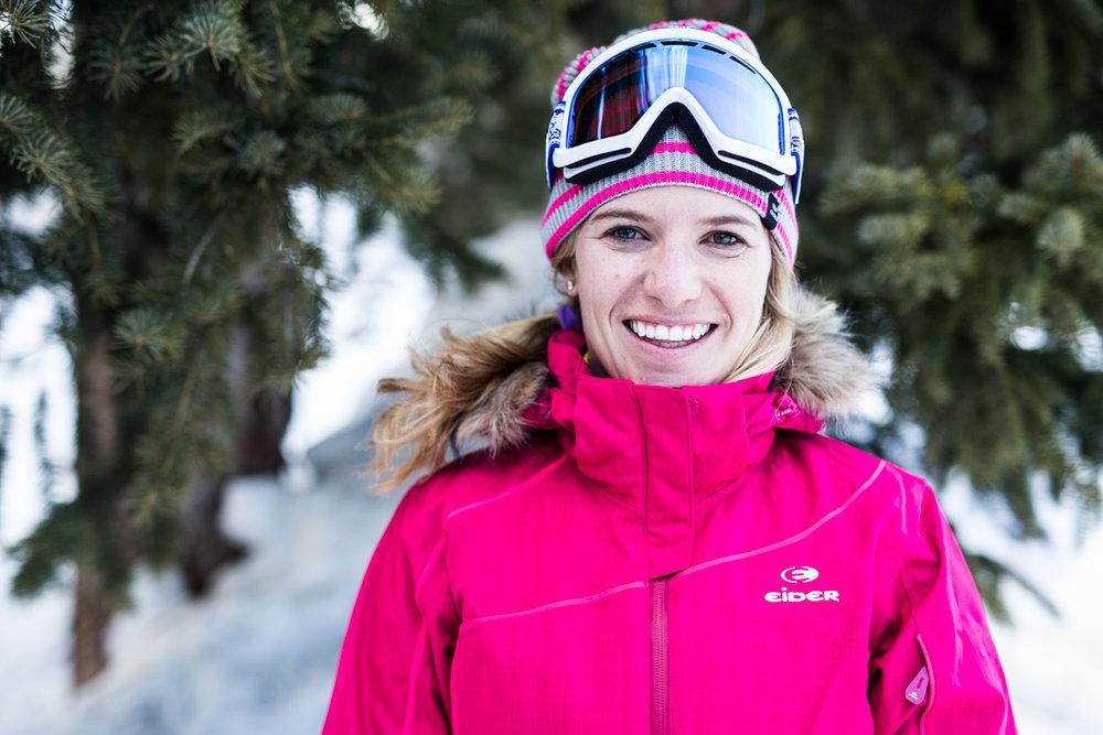 Meredith Riley (30) er ansatt i SOS Sportswear og har tidligere jobbet i Deer Valley og Alaska som ski- og fjellguide. - © Liam Doran