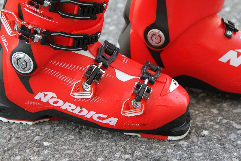 Nordica Speedmachine 130 - © Skiinfo