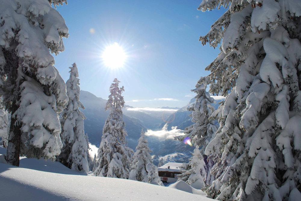 Ambiance hivernale sur les hauteurs de la Rosière - © OT de la Rosière