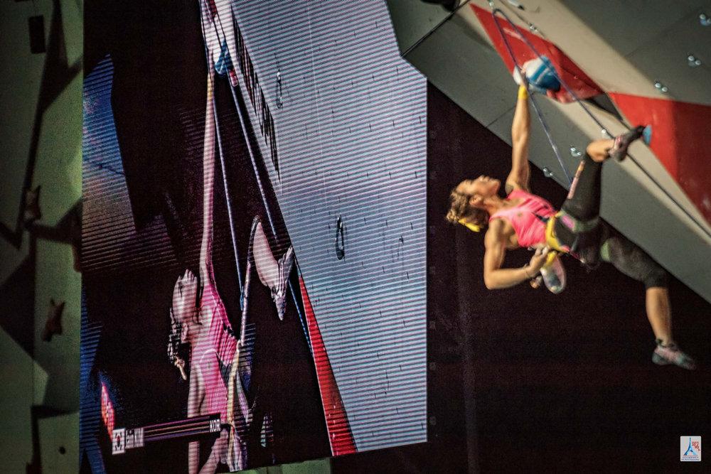 Technisch eine der besten Kletterinnen überhaupt: Jain Kim (KOR) - © FFME / Agence Kros - Remi Fabregue