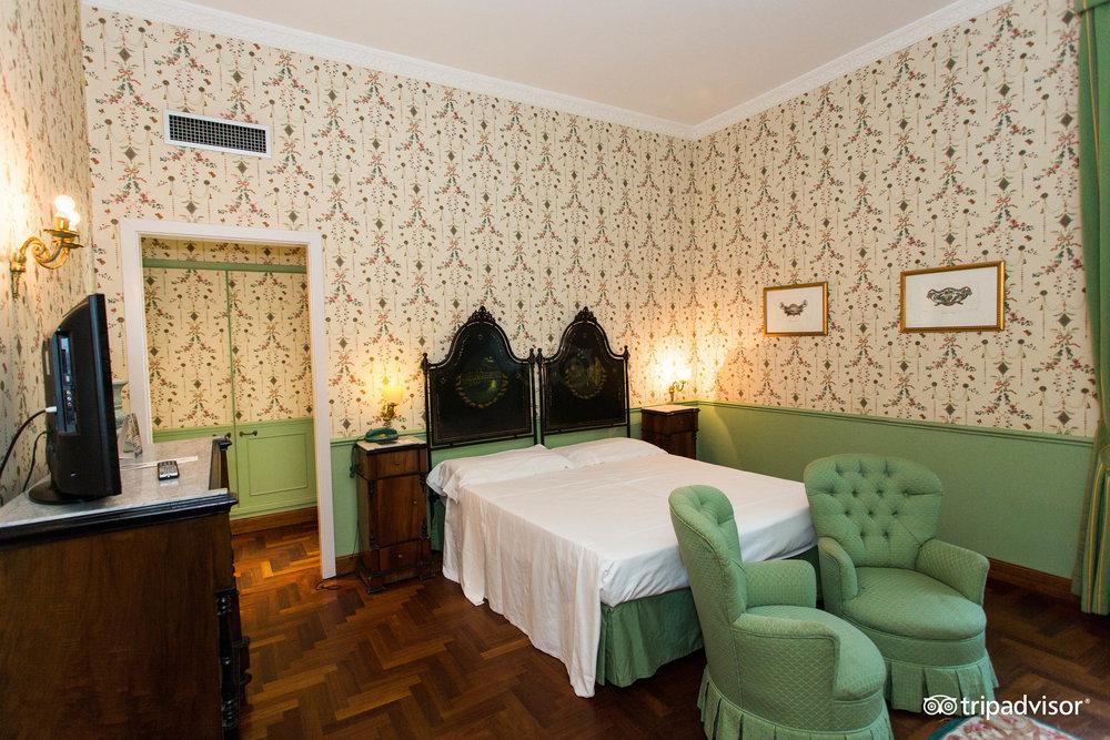 Villa Del Bosco Hotel