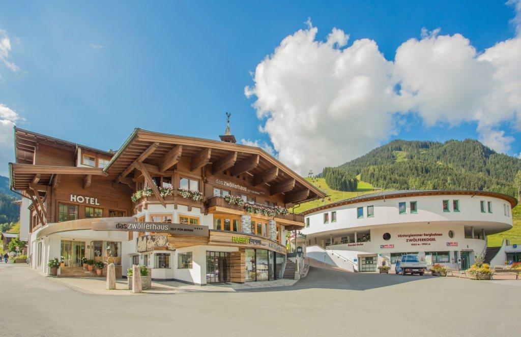 Hotel Zwoelfer