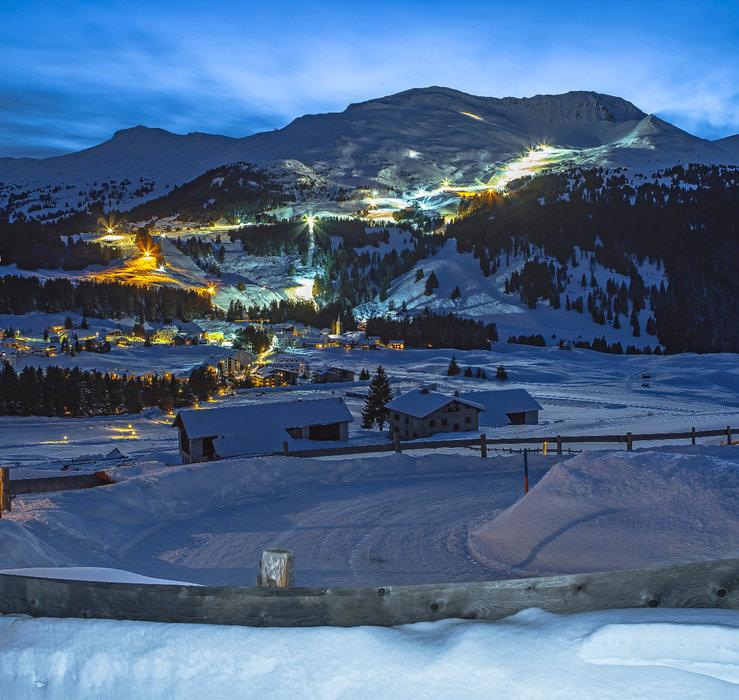Blick aufs Tal bei Nacht - © Lenzerheide Marketing und Support AG