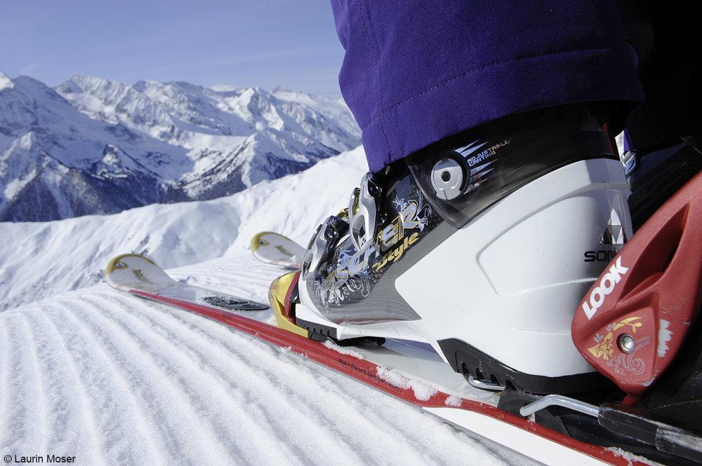 Unterwegs im Skigebiet Mayrhofen - © Bergbahnen Mayrhofen | Laurin Moser