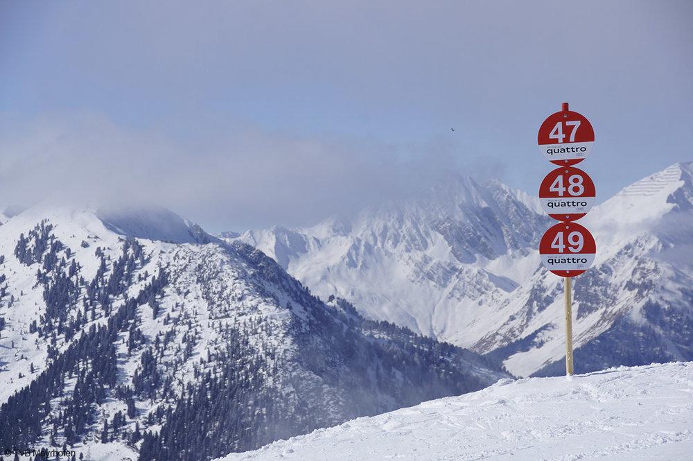 Wegweiser in Mayrhofen - © TVB Mayrhofen
