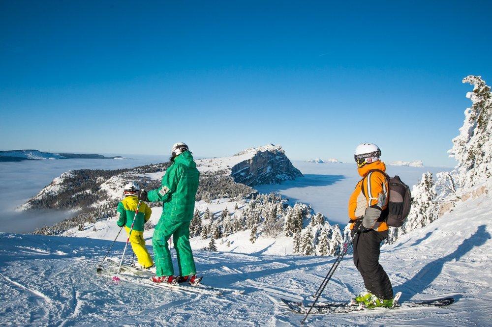 Ski en famille sur le domaine skiable de Lans en Vercors - © Office de Tourisme de Lans en Vercors