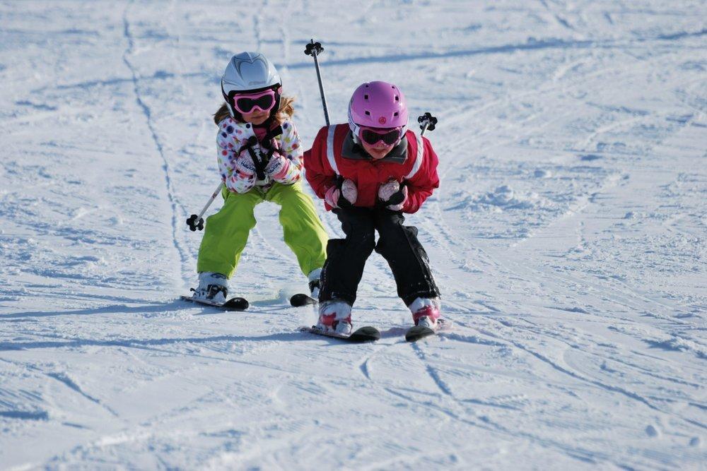 Glissade, poursuite et rigolade... A Méaudre, les enfants s'en donnent à coeur joie - © Office de Tourisme de Méaudre / Cathy Gadenne