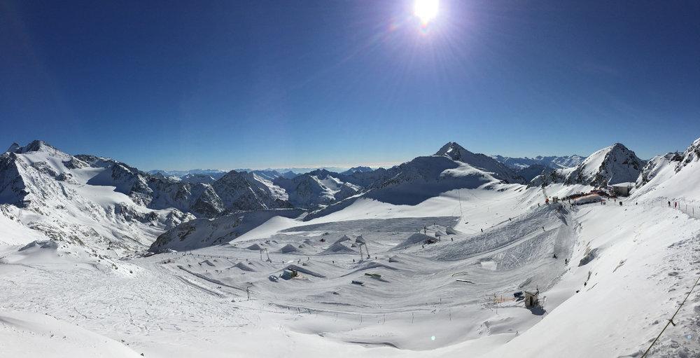 Traumhafte Sonne am 14. November 2016 am Stubaier Gletscher - © Skiinfo
