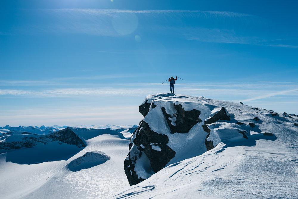 Snart på toppen av Norges tak.  - © Tor Berge - Norexplore
