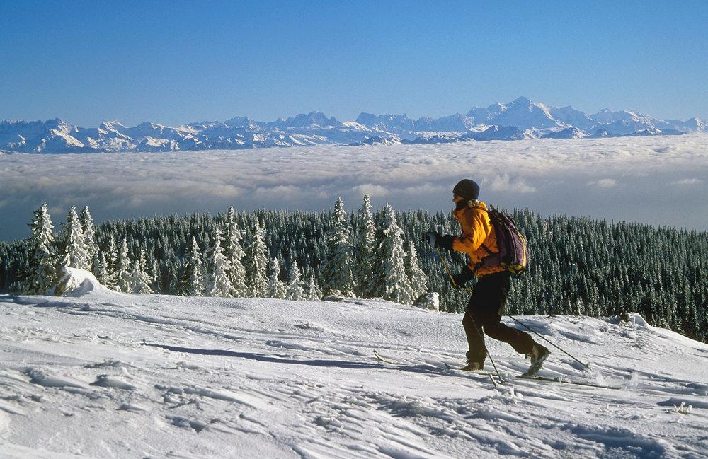 Session ski de rando sur les hauteurs de Métabief - © CRT Franche Comté