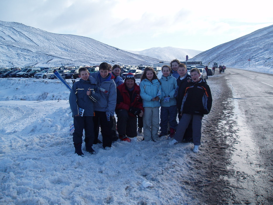 A group of ski kids pause for a photo. Copyright: Cairnwell Mountain Sports
