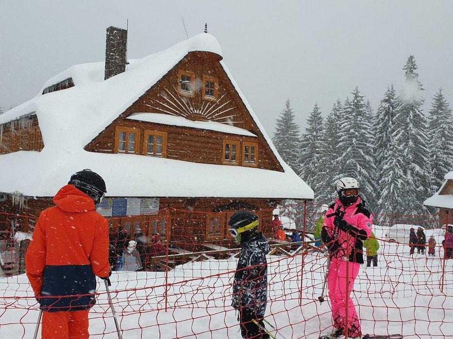 Ski Zábava – Hruštín Jan 3, 2019 - © facebook Ski Zábava – Hruštín
