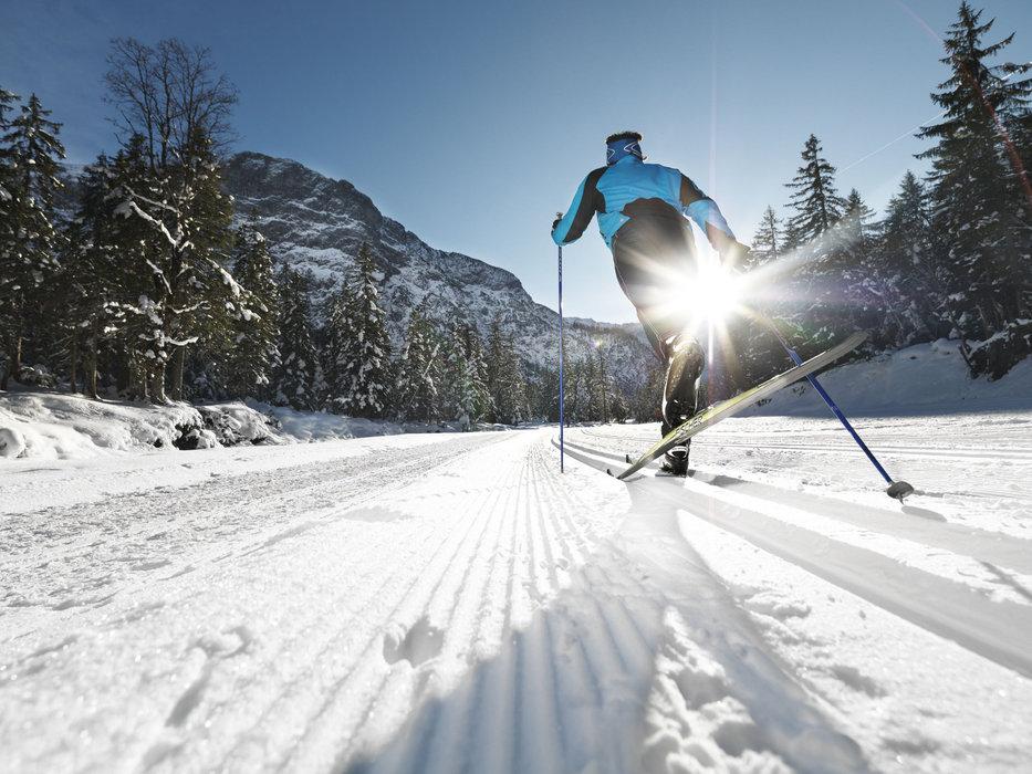 Langlaufen in den Karwendeltälern in Pertisau - © Achensee Tourismus