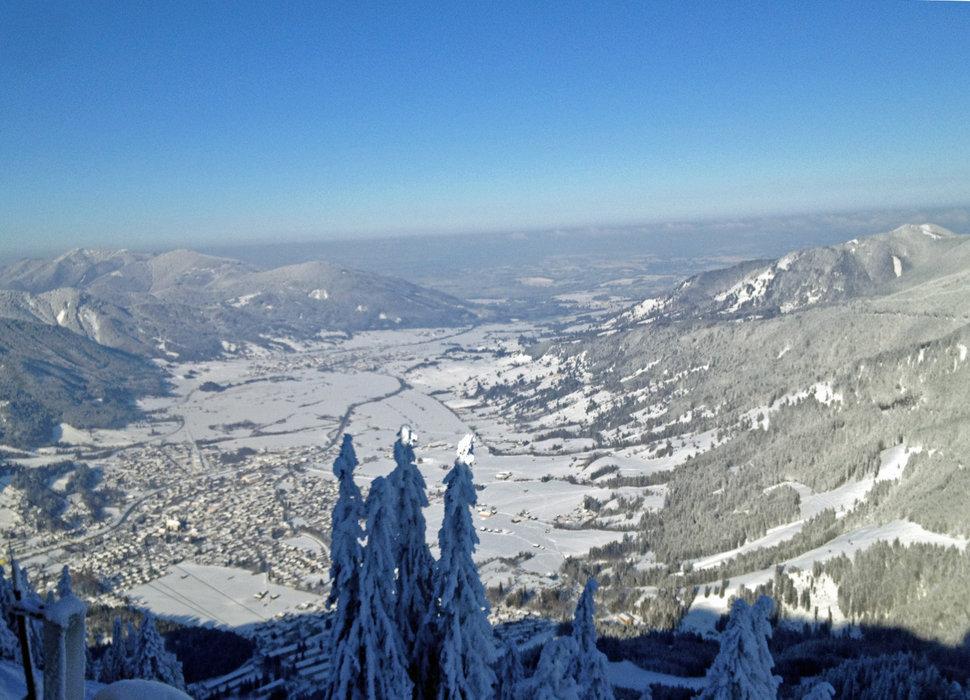 Blick von der Laber Bergstation nach Norden - © Ammergauer Alpen GmbH | Gemeinde Oberammergau. Foto: Nicole Richter