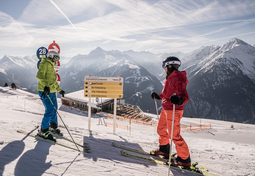 Skifahren im Skigebiet Mayrhofen - © TVB Mayrhofen | Dominic Ebenbichler
