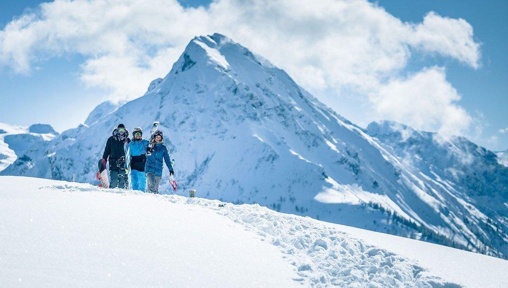 Skifahrer im Skigebiet Flachauwinkl-Kleinarl - © Shuttleberg Flachauwinkl - Kleinarl