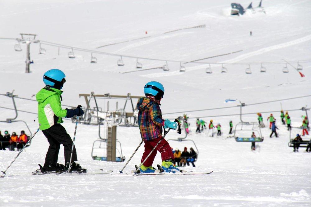 Sur le domaine skiable de Sierra Nevada, le secteur de Borreguilles est particulièrement propice à l'apprentissage du ski - © Sierra Nevada