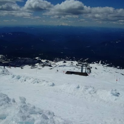 Timberline Lodge - still snow. Palmer snowfields ripe for the shredding...nearly end of the spring season  - © anonymous