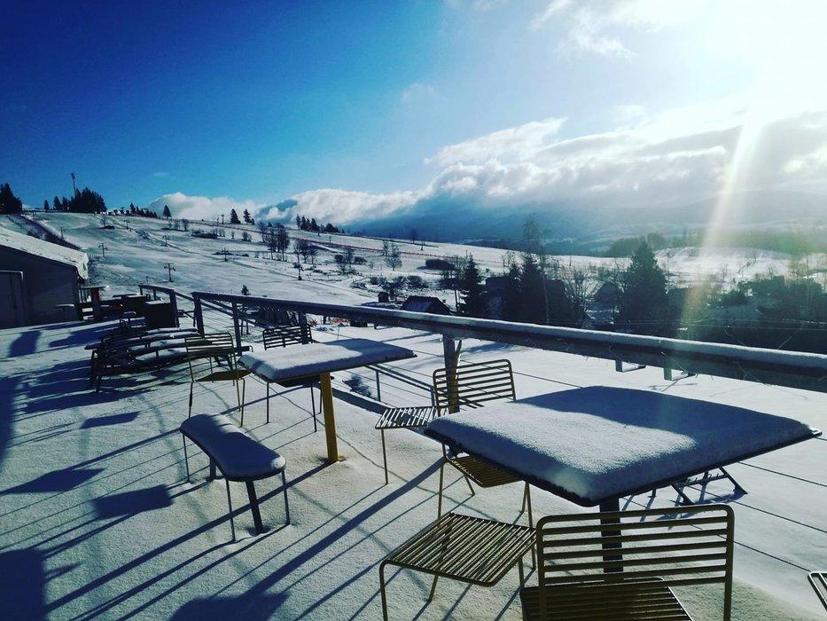 Skiareál Kraličák a výborné podmínky pro jarní lyžování - © Skiareál Kraličák | facebook