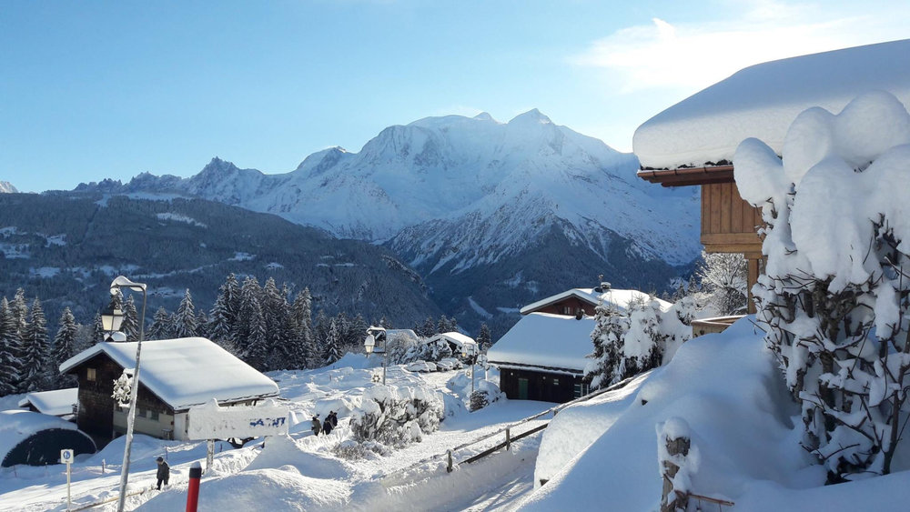 Ambiance hivernale et paysage immaculé de neige fraîche à Saint Gervais - © Facebook Saint-Gervais Mont-Blanc
