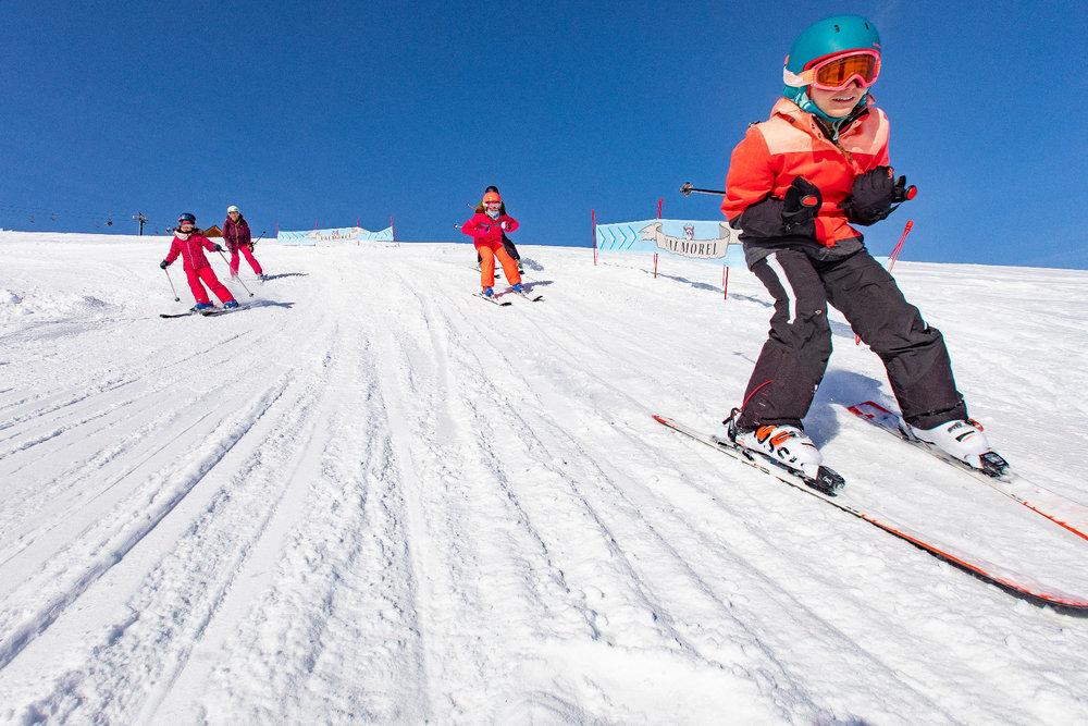 Apprentissage du ski sur le domaine de Valmorel - © Office de Tourisme de Valmorel