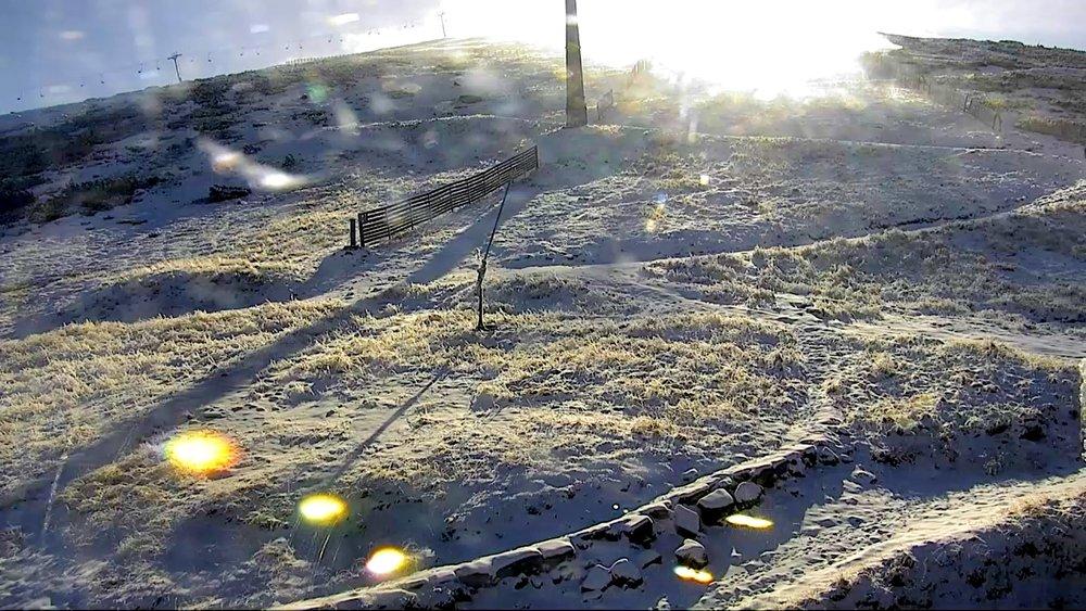 V Jasnej spustili snežné delá