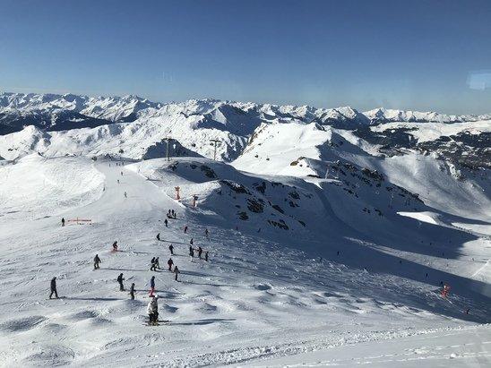La Plagne - Encore une journée exceptionnelle... Soleil, bonne neige. Au top au pays du bonnet rouge ⛷ - © Guillaume MAITRE