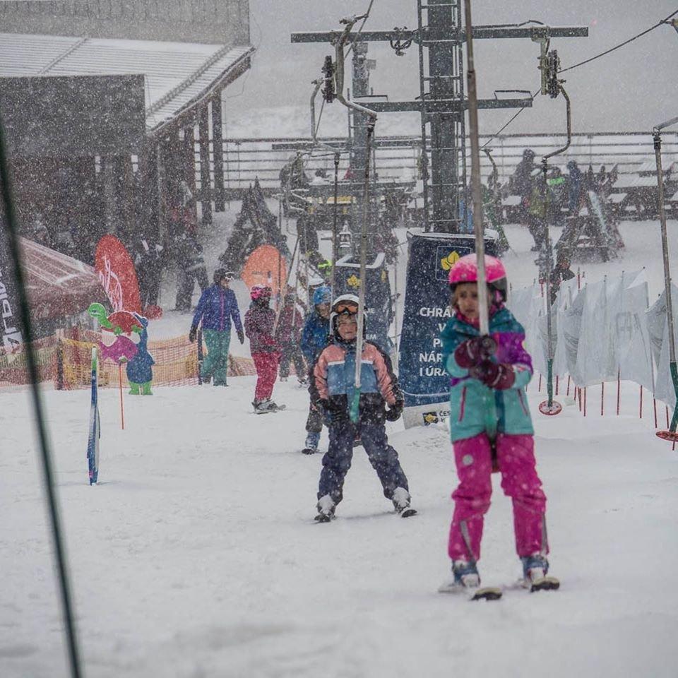 V sobotu 18.1.2020 na Bukovej hore parádne snežilo! - © Ski Bukovka - facebook