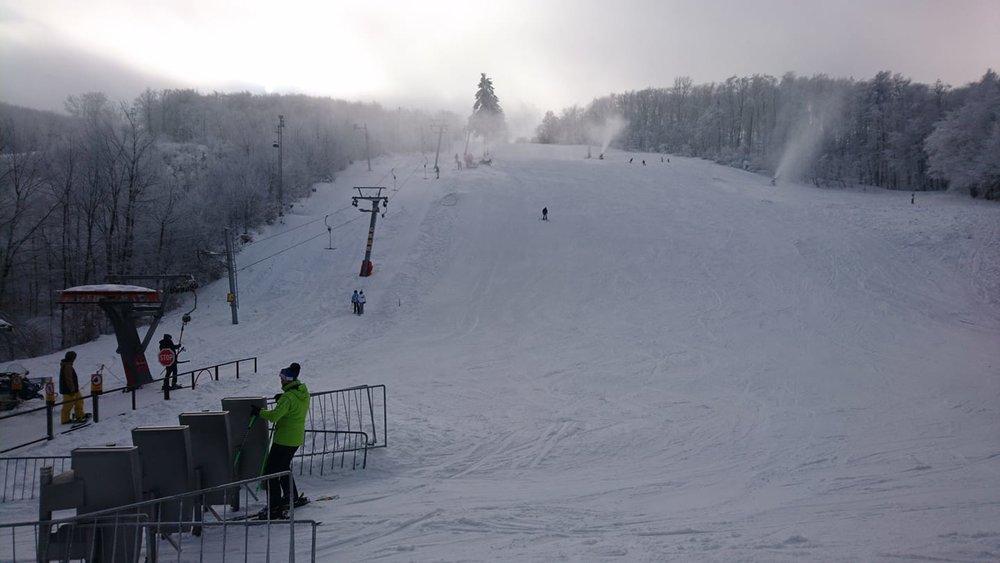 Veľmi dobré snehové podmienky na Pezinskej Babe 22.1.2020 - © Facebook - LK Baba
