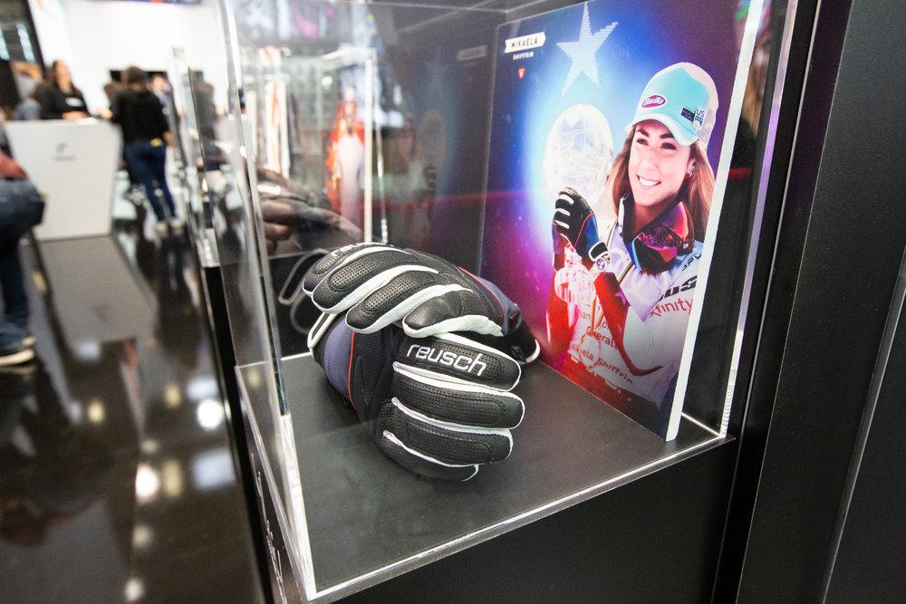 Mikaela Shiffrin Handschuhe bei Reusch - © Skiinfo