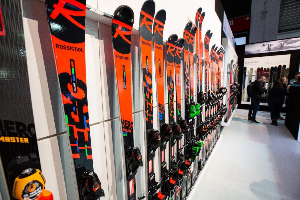 Stále veľmi úspešné: Rossignol Hero Race Ski - © Skiinfo