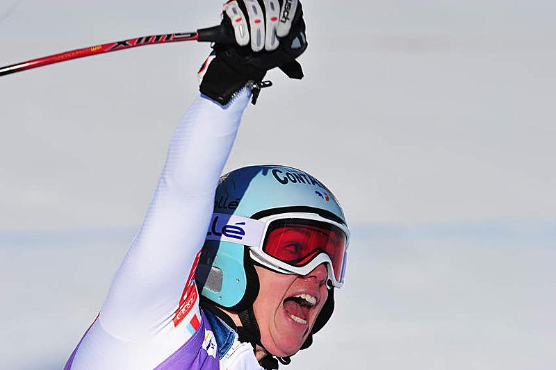 Marie Marchand-Arvier freut sich über Platz sieben in der Abfahrt - © Alain GROSCLAUDE/AGENCE ZOOM