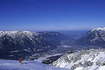 Blick über Garmisch - © DSV Ski & Sportmagazin