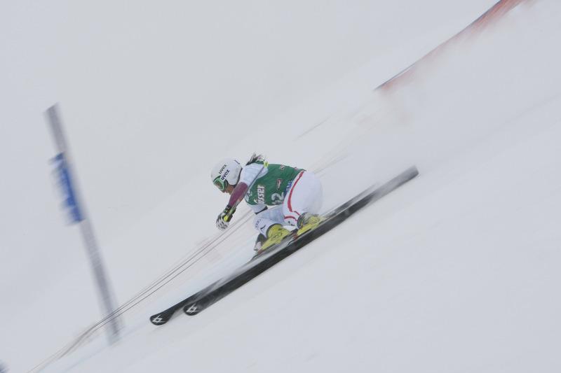 Stefanie Köhle riskierte trotz Nebel alles und gewann einen Platz auf dem Stockerl - © Alexis Boichard/AGENCE ZOOM