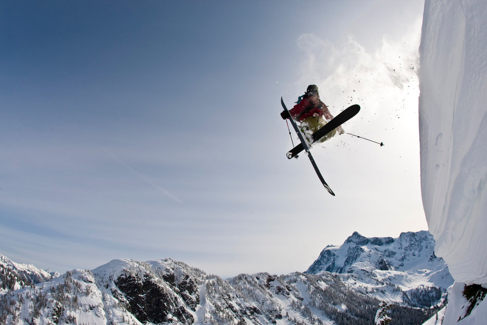 Zack Griffin stylisch unterwegs am Mount Baker in den USA - © Grant Gunderson